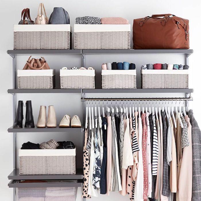 organisation maison pour un armoire ou commode des vetements et chaussures ranges