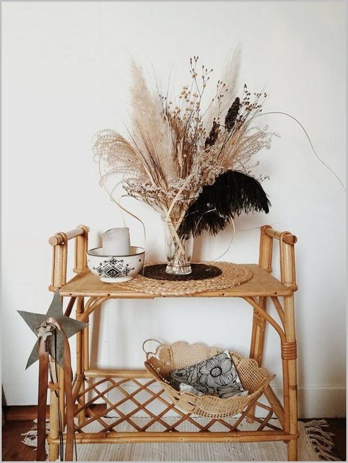 pampas séchées meuble fibre végétale tapis blanc franges bouquet feuilles plantes séchées sous verre jute parquet bois