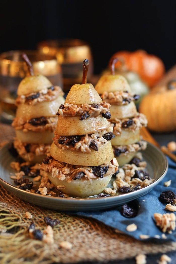 pocher des poires idee dessert healthy poires flocons d avoine museli fruits secs recette de saison