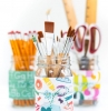 pot à crayon diy fabriqué dans pot en verre personnalisé de sticker tour de pot à motifs colorés porte stylo bureau diy