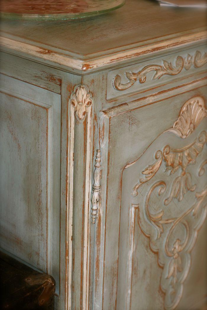 quelle peinture pour repeindre un meuble en bois technique de peinture pour relooker un coùùode