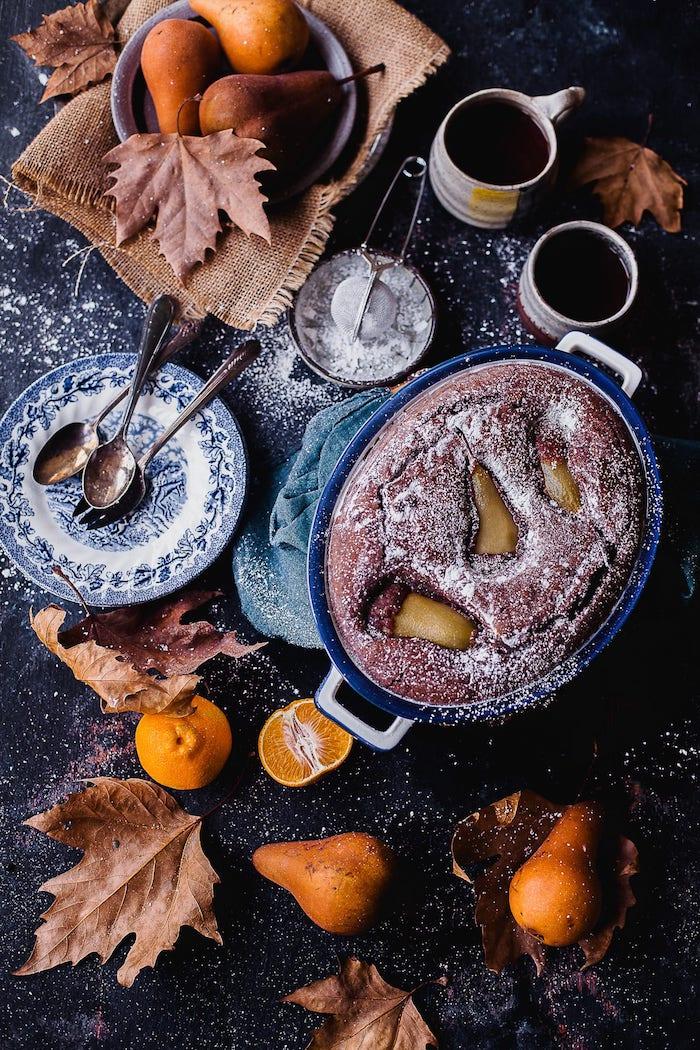 recette automne de saison gateau chocolat poire moelleux fondant a faire pour dessert en famille
