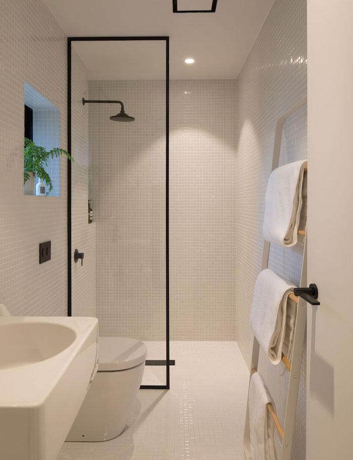 salle d eau cabine de douche en verre pour les petites espaces
