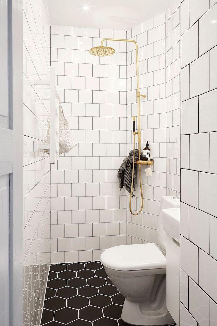 salle de bain italienne petite surface douche original en or carrelage hexagonal