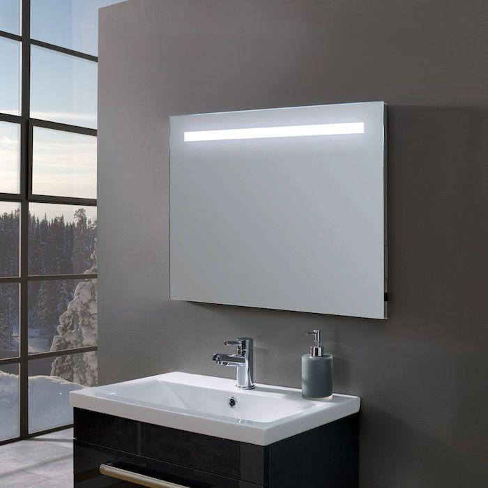 salle de bain moderne futuristique minimaliste decoration lavabo miroir
