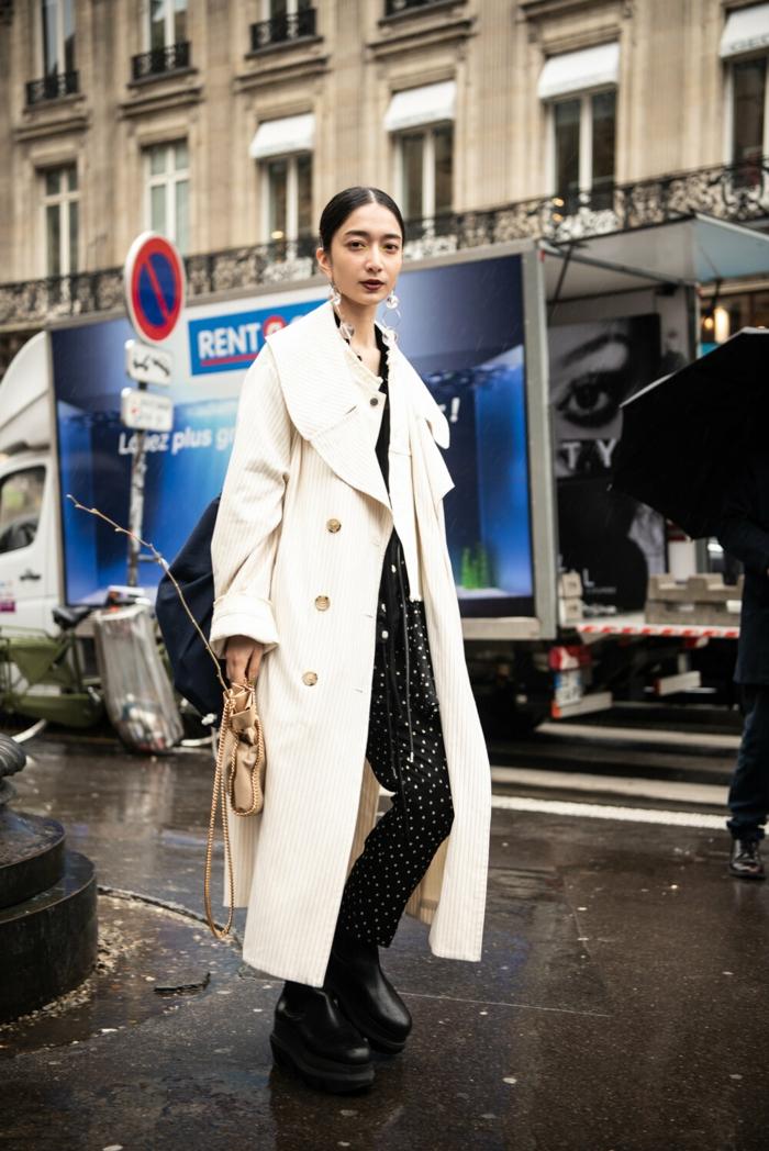 trench blanc tenue noir ensemble tailleur femme chic tenue classe femme a paris