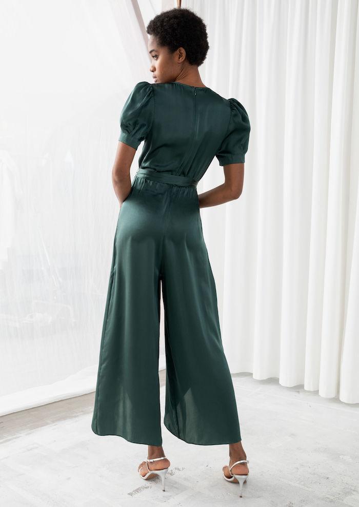 une combinaison en manches bouffantes et couleur aquamarine look chic femme tenue 2020