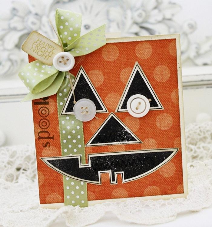 boutons ruban vert pois blancs joyeux halloween carte anniversaire halloween visage jack o lanterne formes papier noir