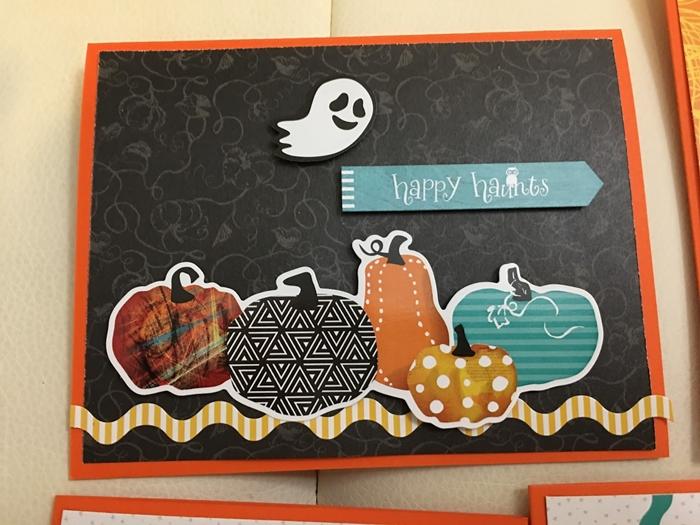 création en papier facile fantôme papier blanc joyeux halloween papier scrapbooking noir bricolage halloween maternelle