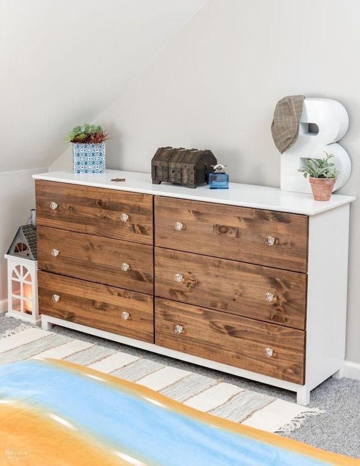 customiser kallax chenger le haut d un meuble ikea un commode blanc avec des portes en bois