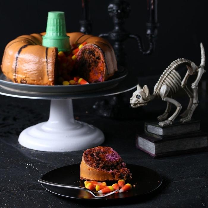 décoration halloween bougeoir crâne noir cake pinata bonbons dents gateau halloween citrouille cornet crème glacée