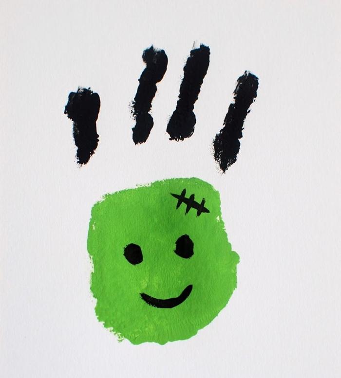 dessin facile avec empreinte de main enfant activité manuelle maternelle halloween diy carte facile
