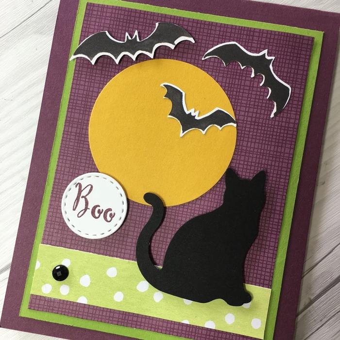figurine silhouette chat en papier noir creation halloween pleine lune feuille cartonnée jaune chauve souris pliage papier carte d'Halloween