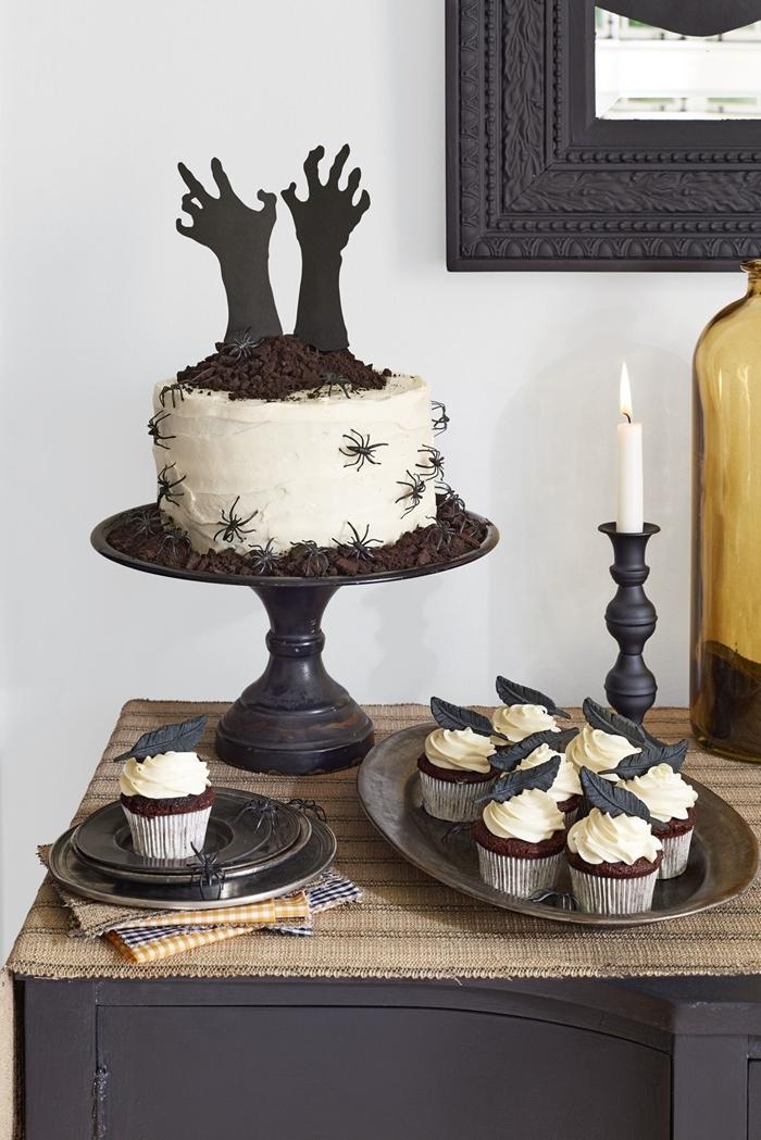 ganache blanche araignées en sucre gateau chocolat halloween décoration pâtisserie morceaux chocolat muffins facile