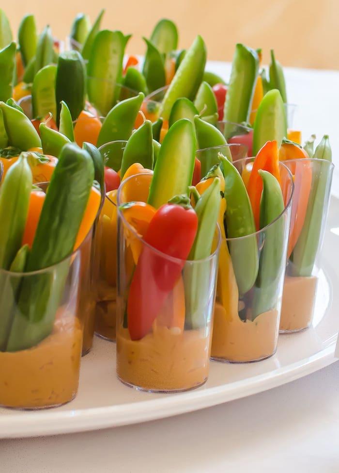 houmous en verre avec des crudités cocnombres poivrons verrines facile apéro