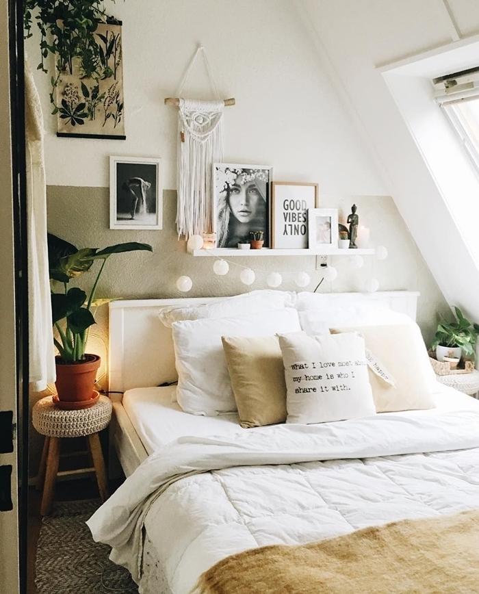 idée déco chambre ado fille lit cocooning coussins couleurs beige guirlande lumineuse suspension macramé