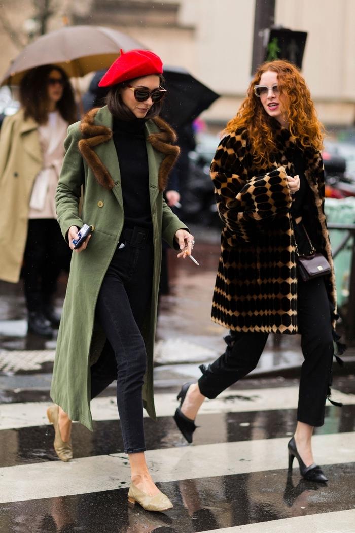 mode femme manteau kaki vert col forrure marron chaussures kaki comment s habiller en hiver béret rouge pull noir