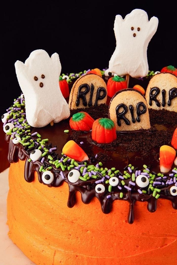 patisserie halloween facile dessert gâteau glaçage orange colorant alimentaire chocolat yeux sucre sprinkles fantômes