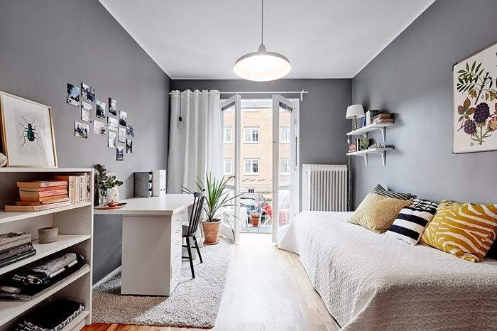peinture chambre fille ado gris anthracite plafond blanc meubles blanc deco lit cocooning coussins jaune motifs zèbre