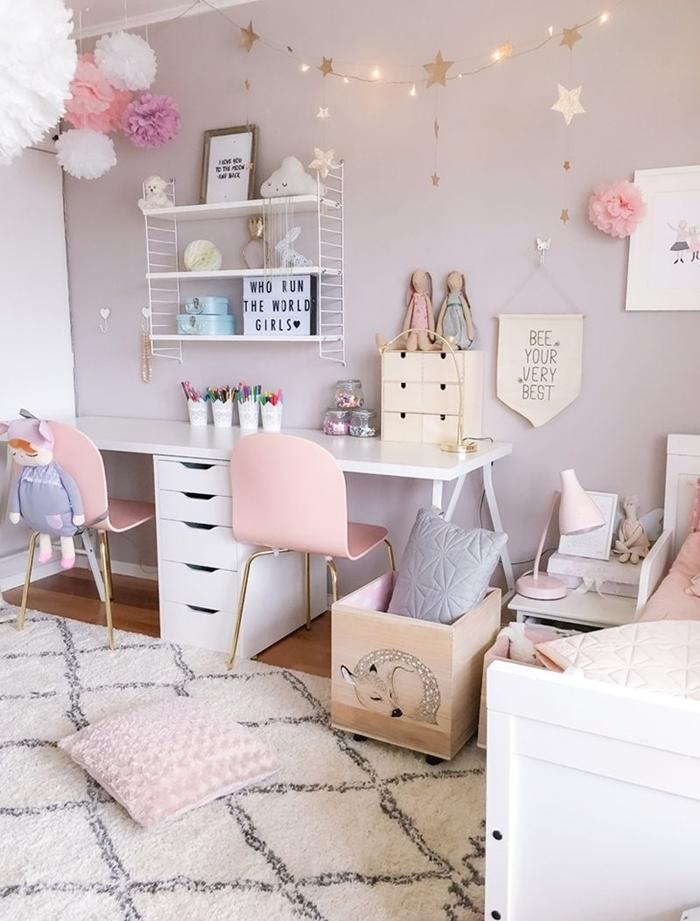 peinture murale rose poudré fleurs papier crépon déco plafond diy chambre ado fille 12 ans bureau blanc tiroirs