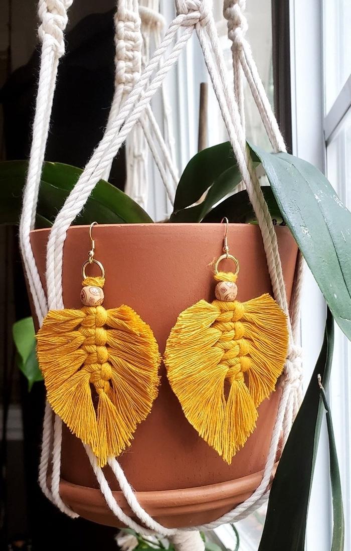 pot fleur terracotta corde macramé 5 mm noeud plat spirale macramé déco originale boucles d oreilles fil jaune moutarde