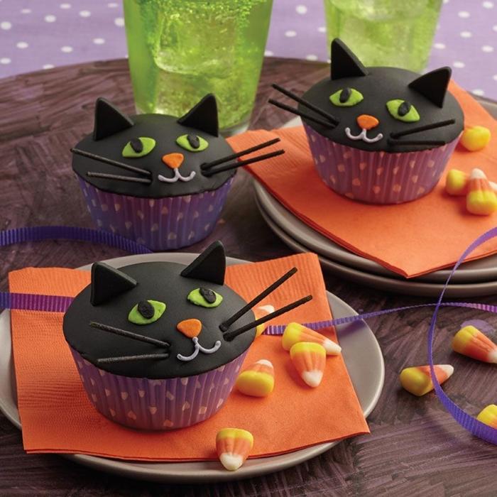 recette muffins effrayants pour la fete de halloween fondant noir colorant alimentaire decoration cupcake halloween