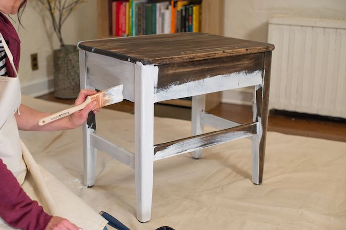 relooker un meuble mettre de l appret avant de la peinture comment preparer un meuble en bos