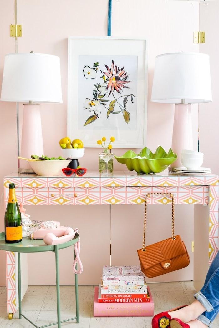 revtement adhesif pour meuble ikea chambre a fille en rose deux lampes sur une table de toilette