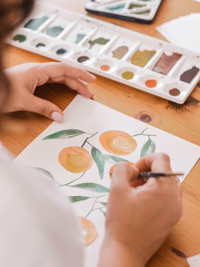 comment apprendre à faire le dessin aquarelle activité manuell adulte ou activité avec enfant à essayer