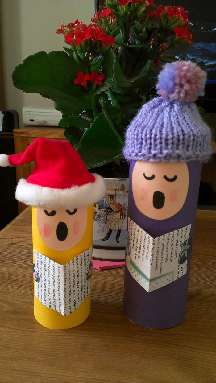 déco rouleau de papier toilette chanteurs en rouleau toilette figurines mignonnes avec des chapeaux tricotés chants de noel