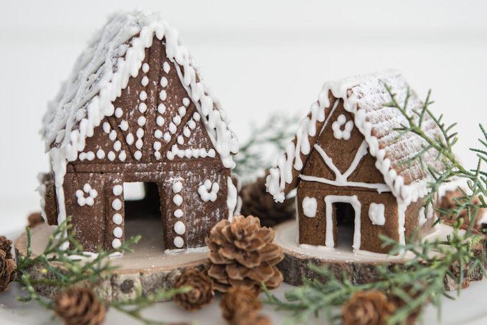 dessert de noel facile une maison en pain d épices simple décorée avec des branches et des cones de pin