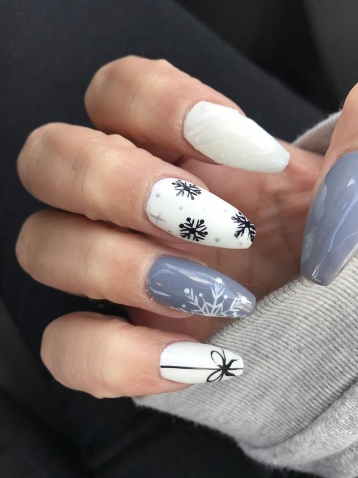 dessin facile sur ongles pour hiver idée manucure noel dessin flocons de neige modele ongle gel gris et blanc