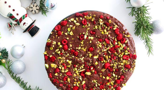 exemple dessert de noel fudge maison au chocolat pistaches framboises séchées idée gateau noel original facile a faire