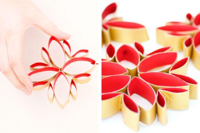 fabriquer des flocons de neige en rouge et or à partir de rouleaux de papier toilette recyclés activité manuelle facile en papier