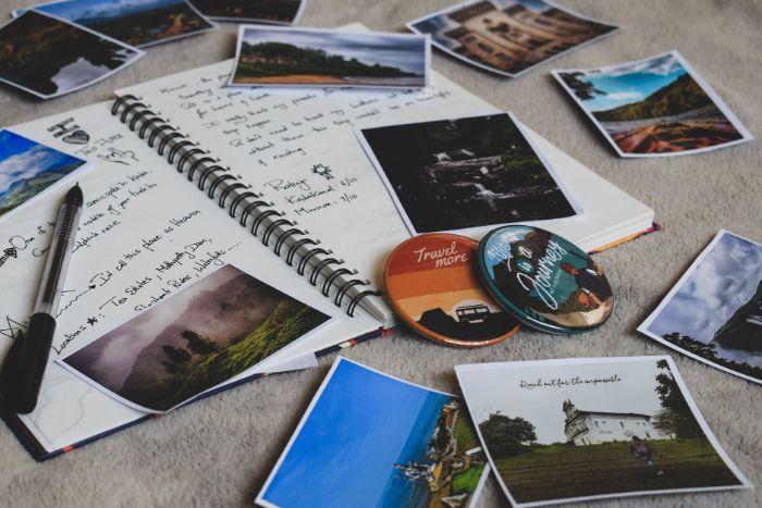 idee faire un journal de voyage carnet de voyage diy avec des photos de coyages et récits activité manuelle adulte