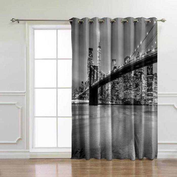 rideau new york pont de brooklyn pendus devant la fenetre dans une salle de sejour