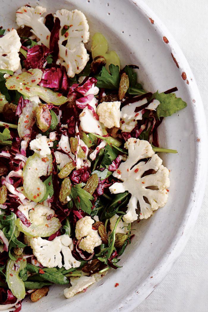 salade de chou rouge et chou fleur avec des raisins recette simple et facile