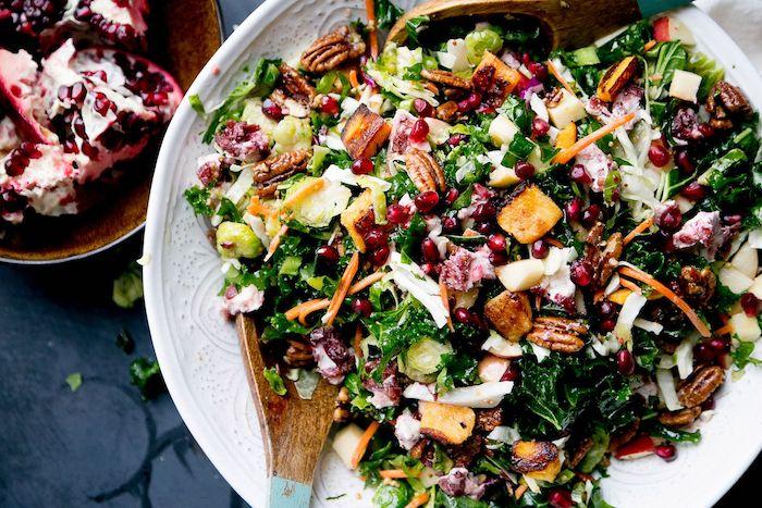 salade de fruits d hiver recette unique et facile avec des noix et de graines de pomegranate