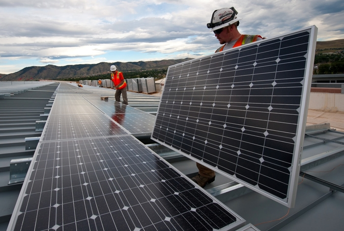 travaux de renovation energie renouvelable solaire toit domicile financement budget isolation