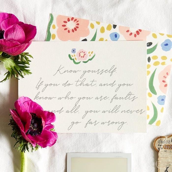 une signature personnalisee pour envoyer a son ami avec une fleur cadeau d aniversaire en confinement