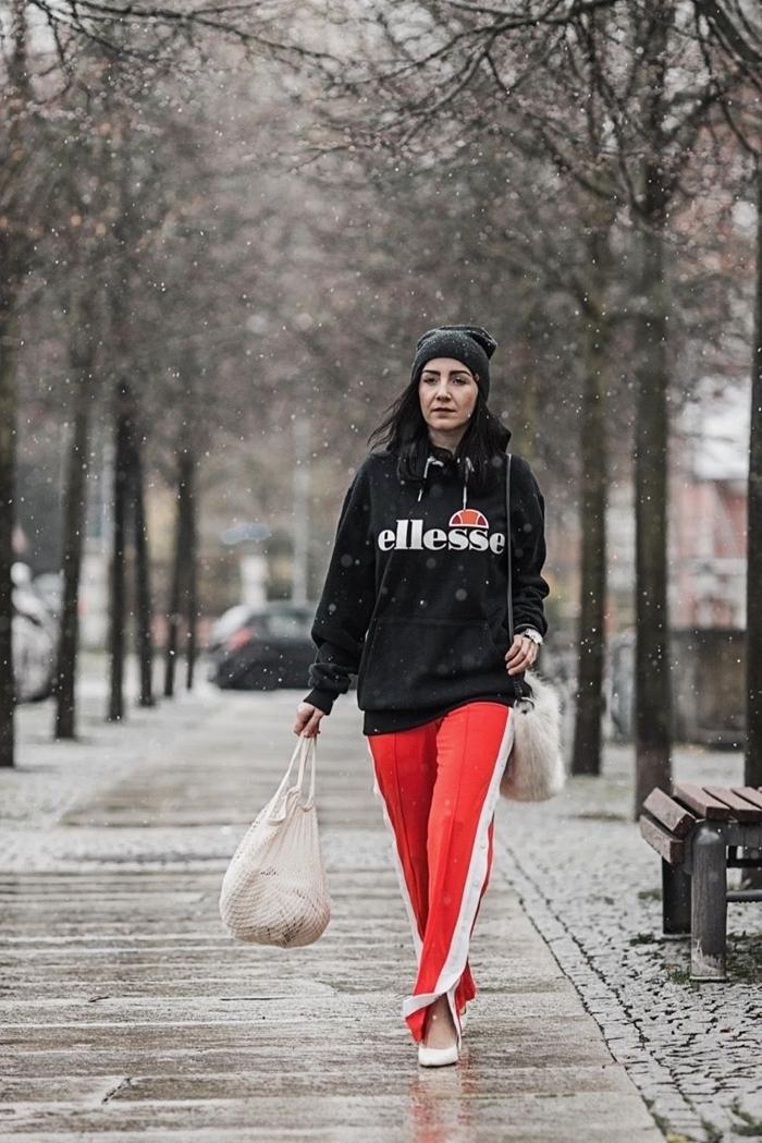 bas survêtement rouge pantalon streetwear tenue blanc et rouge couleurs vêtements hiver mode