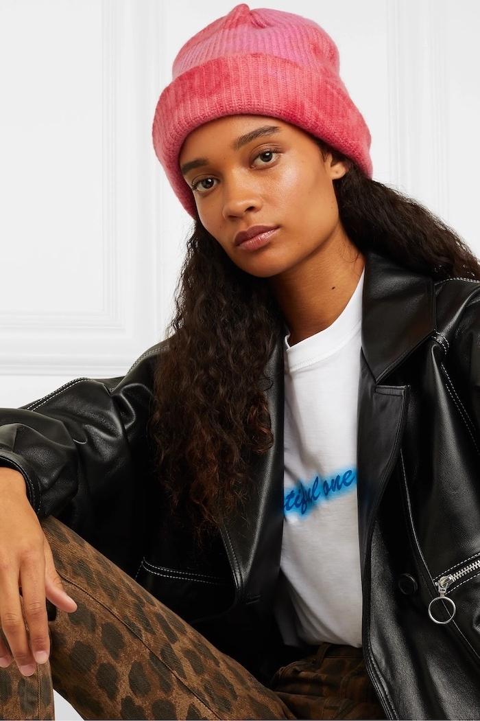 Le chapeau femme : quelles sont les tendances et comment le porter