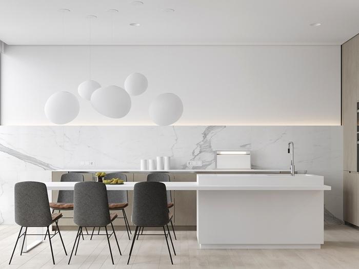 chaises gris crédence marbre lampe suspendue boule blanche cuisine ilot central moderne blanc et gris