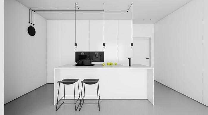 déco cuisine blanc et noir mat chaises de bar cuisine équipée avec ilot central crédence noire lampe suspendue