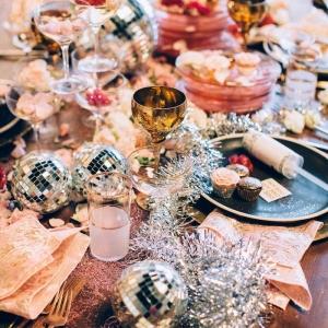 40 + idées scintillantes d'une déco de table pour Nouvel An