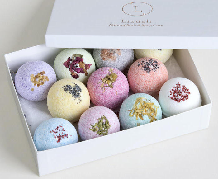lizush bath bombs gift set 11 balls 1