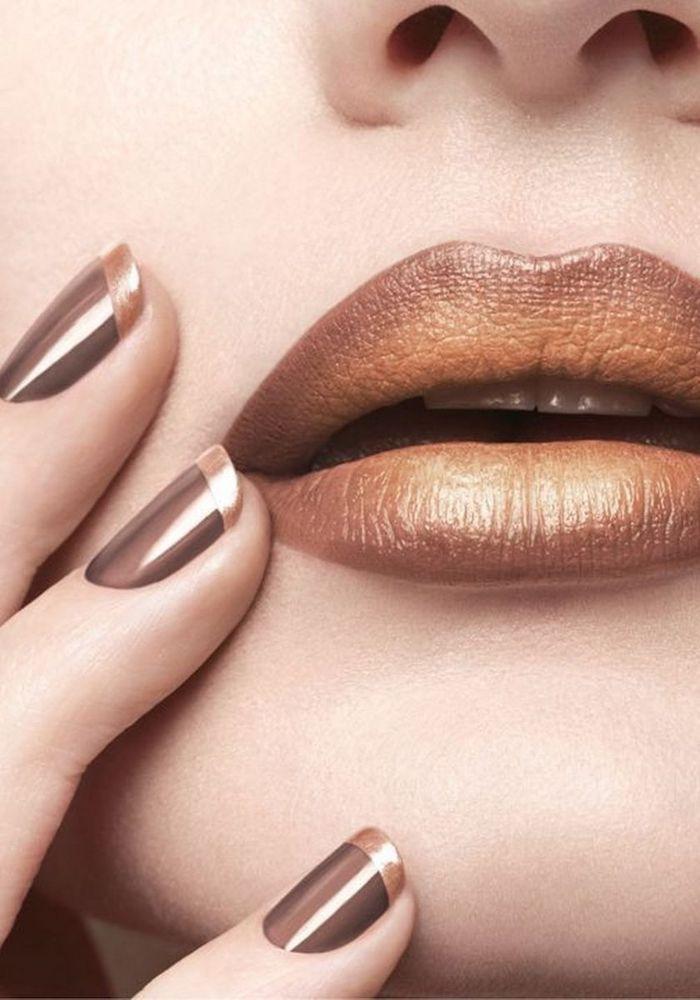 des levres ombres en deux couleurs et un manicure a la francais en brun