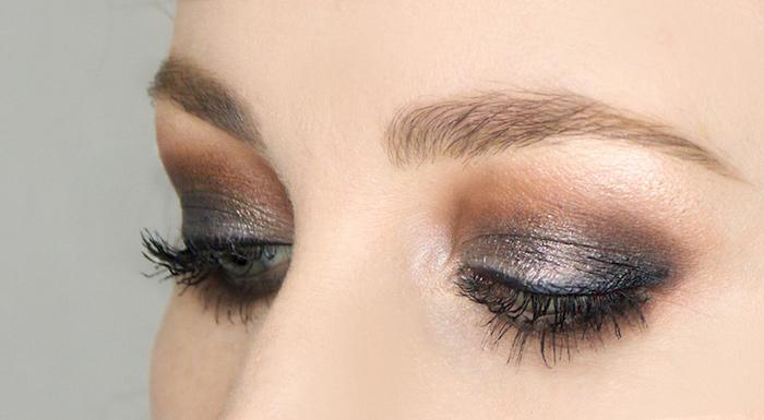 des yeux charbonnisees avec des fards a paupieres en bronze et en noir maquillage yeux debutant