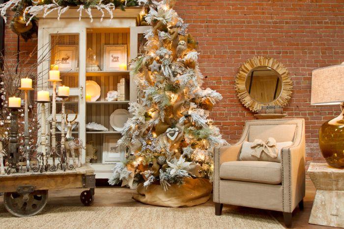 exemple pour les plus beau sapin de noel aux branches blanches artificielles decoration deetoiles boules branches decorations rusitques chic
