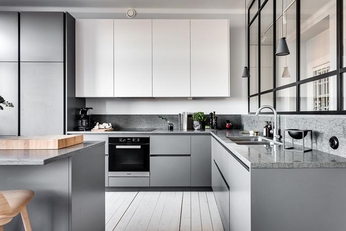 meubles bas gris mat modele de cuisine moderne armoires blanches crédence marbre gris plan de travail